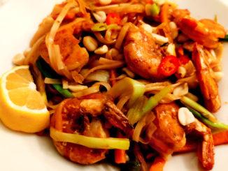 Pad thai krevety