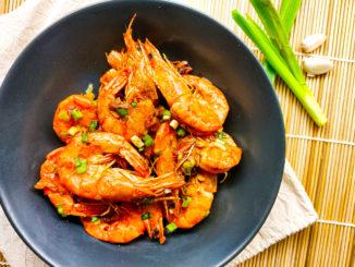 Krevety na česneku s chilli omáčkou
